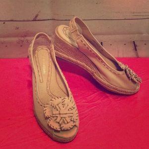 Naturalizer Sling Back Wedge Sandals Women's Sz 5